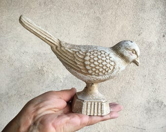 Vintage cast iron bird statue, cottage chic bird figurine, metal garden bird sculpture architectural salvage bird decor, garden decor