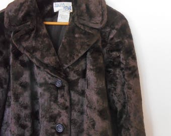 1970s vintage womens faux fur coat