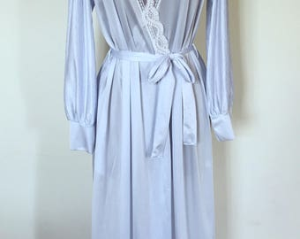 Vintage 1970s Henson Kickernick Princess Dressing Gown - Loungewear Robe - Ice Blue