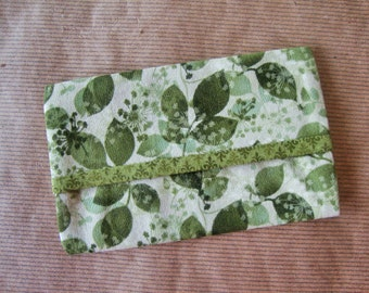 Green Leaves Travel Tissue Cover - Kleenex Case Cover - Tissue Holder - Purse Tissue Cozy - Handbag Tissue Case