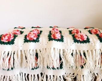 ROSE bud vintage afghan