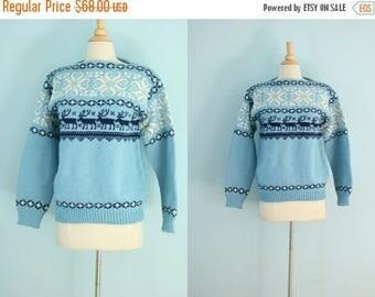 SALE 1960s wool reindeer sweater/ 60s light blue novelty hand knit sweater / Oslo Norway Handknit