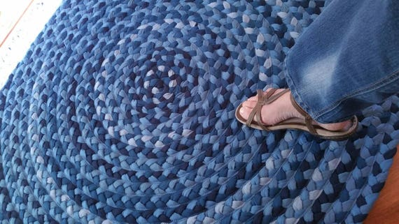 Denim blue braided rug 48""
