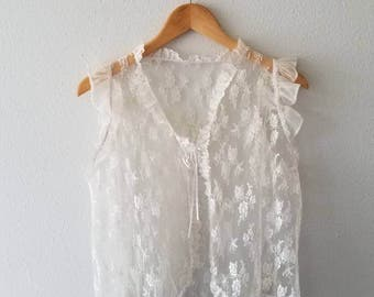 Vintage CREAM LACE Tie Front Ruffle Top (s-m)