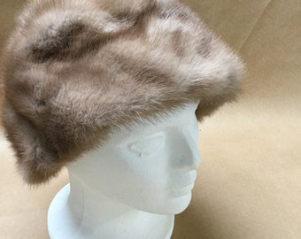 Vincent and Bill New York Fur Hat Light Colored Fur