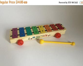 Vintage c. 1985 Fisher Price Xylophone Musical Instrument Toy with Hammer