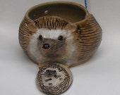 Hedgehog Stoneware Yarn Bowl, Comes With A Button Gift, Hand Painted and Sculpted  Hedgehog Face
