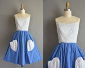 50s novelty heart shape pocket cotton vintage dress. vintage 1950s dress