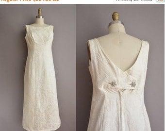 20% OFF SHOP SALE... 60s white empire floral brocade vintage wedding dress / vintage 1960s wedding dress