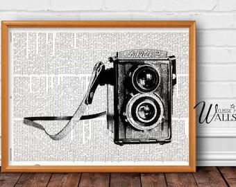 VINTAGE CAMERA Dictionary Art Print - Camera Print, Vintage Camera Illustration, Photography Art, Photography Studio Decor, Retro Wall Decor