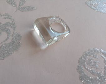 Vintage Plastic Ring, Clear Resin