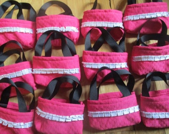 Doll Party Favors, 12 matching pink purses for 18 inch dolls