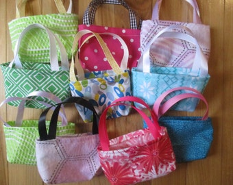 Doll Party Favors, 10 assorted doll purses for 18 inch dolls
