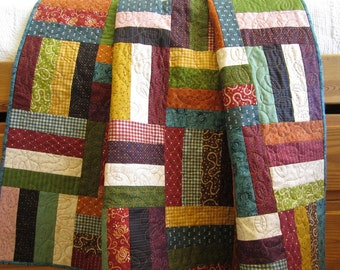 Patchwork Quilt, Homemade Quilt, Handmade Quilt, Lap Quilt,  Home Decor , Quilted Throw, Pieced Quilt, Quilt, Country Quilt