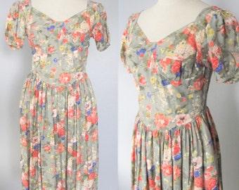 Vintage Cotton Floral Day Dress / 80's 90's Garden Tea Party Dress Victorian Rose Sundress / Woman's Size Medium