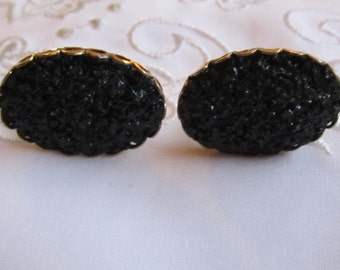 Vintage Gold Tone Faux Black Onyx Chips Cuff Links