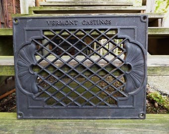 Vintage Cast iron Grate Floor Wall Vermont Casting Architectural salvage Nouveau Victorian Gothic Decorative restoration hardware supplies