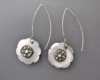 Silver Chrysanthemum Drops