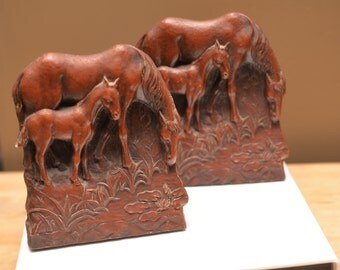 Syroco Wood Composite Vintage Horse Bookends Mother and Foal, Colt