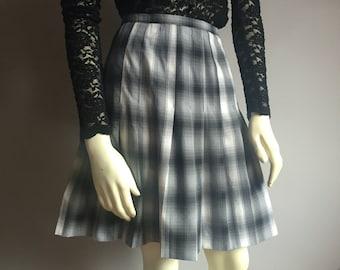 L plaid high waist knife pleat school girl 90s vintage preppy club kid hipster kawaii goth accordion pleated mini skirt a line flared LARGE