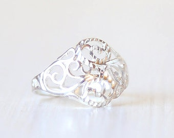 Sterling Silver Swirl Filigree Ring // Vintage Ring  // size 9  // everyday sterling jewelry