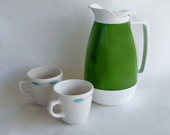 Mid Century Mod Avocado Green Insulated Carafe - West Bend Thermo-Serv