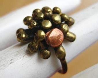 Vintage 50s Mid Century Modernist Brass & Copper Starburst Studio Jewelry Ring size 3 1/2