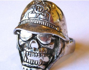 SPRING SALE Vintage Ring G&S Gordon and Smith Silver Death Skull Biker Ring size 12