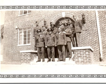 Vintage Photo - Group of Soldiers - Vernacular, Military Photo (B)