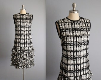 60's Mod Dress // Vintage 1960's Black White Abstract Print Chiffon Ruffle Cocktail Party Mod Dress S M