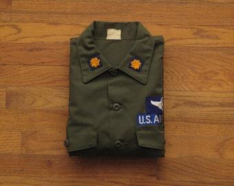mens vintage Air Force utility shirt
