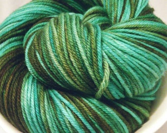 Hand dyed yarn therapy DK 'Dwayne'