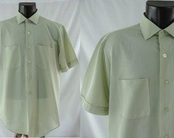 SALE Vintage Seventies Shirt - 1970's Pale Green Men's Button Down - 70's Short Sleeve Men's Shirt - Large / XL Men's Vintage Shirt