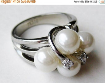 HOLIDAY SALE Vintage Ring Silver Tone Faux Pearl Cluster Cocktail Ring size 7.5