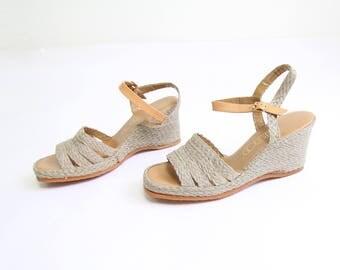 VINTAGE 1970s Sandals Espadrille Wedge Heels Size 8.5