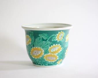 Vintage Chinese Ceramic Chrysanthemum Planter, Pot