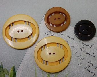 4 Carved Bakelite Buttons 2 Sided    NDT25