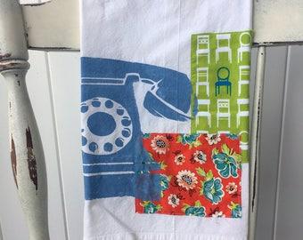 Tea Towel Flour Sack Towel / Telephone / Retro