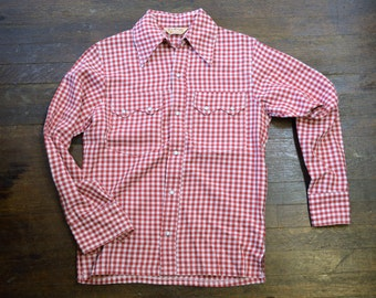 1960s Mens Western Shirt Size Small Red and White Check Pearl Snap Sawtooth Flaps Rockabilly VLV