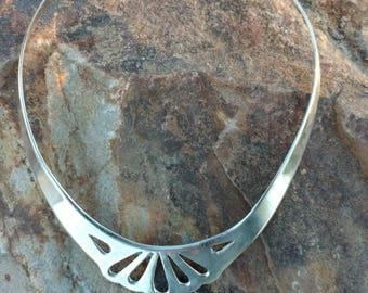Sterling Silver Collar Necklace, Sterling choker necklace, sterling Necklace, Vintage Sterling necklace, Southwestern Jewelry, Aztec Jewelry