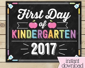 Girl First Day of Kindergarten Sign - 1st Day of School Printable - First Day of School Sign - Photo Prop - Chalkboard Sign Instant Download