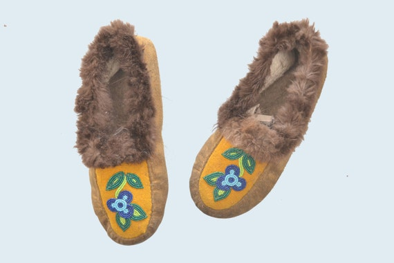 Canadian Beaded Moccasins size 8