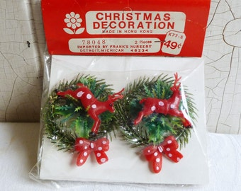 Vintage Wreath Gift Tie-ons - Red and White Polka Dot Deer and Bow - Unopened Original Package - NOS - Mid-Century 1960s - Kitschmas