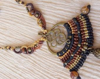 Earth tones goddess beaded macrame necklace - snake skin with carnelian beads