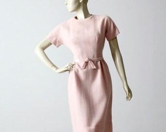 SALE 1950s pink linen wiggle dress, fitted vintage dress