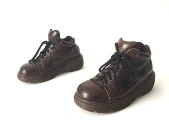 womens size 7 vintage DOC MARTENS spectator PLATFORM grunge shoes
