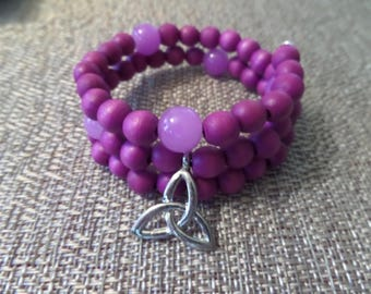 Pink Wooden Beaded Memory Wire Bracelet with Scottish Celtic Knot Triskele Charm and Semi precious Stone Beads.