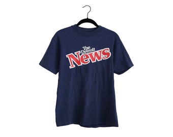 Vintage The Detroit News Navy Blue Hanes Beefy-T 100% Cotton T-Shirt, Made in USA - Medium
