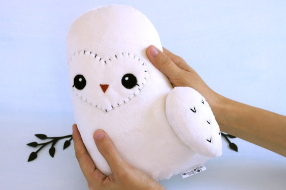 Bigger Snowy Owl Plush. Cute Owl Toy, Hedwig Doll, Hoot Owl Softie, Woodland Soft Toy, Owl Stuffed Animal, Designer Plushie, Minky Plush