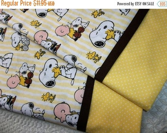 PEANUTS SNOOPY Queen/Standard pillowcases bed linens Charlie Brown Woodstock